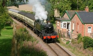 Heritage steam railway self-catering cottage