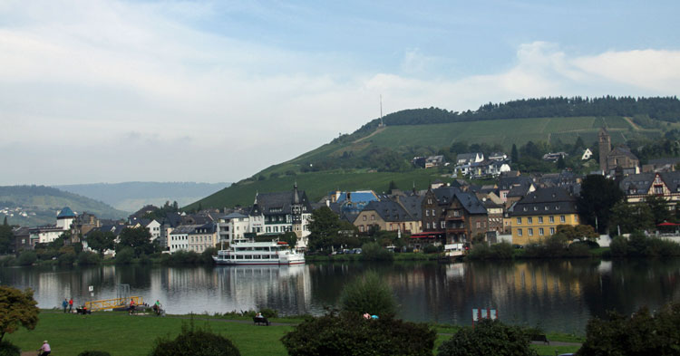 Cycling holidays in the Moselle Valley