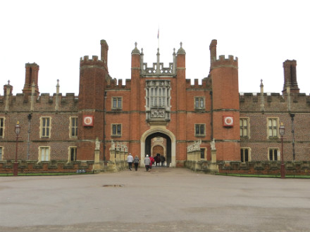 hampton court national trails